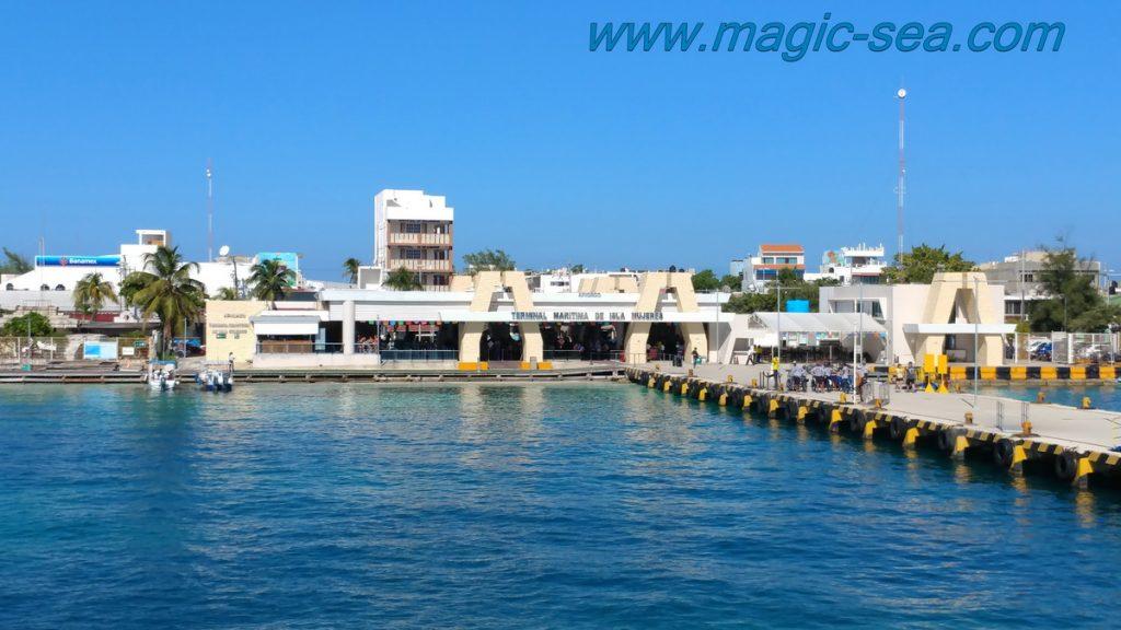 shuttle Isla Mujeres port